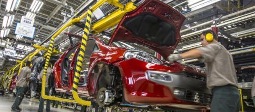 EEUU evalúa condiciones arancelarias de vehículos europeos.