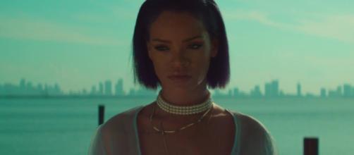 Singer Rihanna is one of many celebs with a birthday on Wednesday (Feb. 20). [Image via Rihanna VEVO/YouTube screenshot]