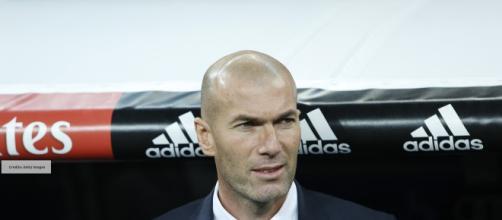 Zinedine Zidane sulla panchina del Real Madrid