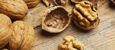 Diabete e infarto, secondo uno studio americano la frutta secca nella dieta riduce il rischio