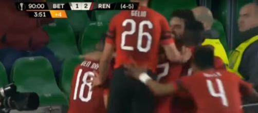 La joie des joueurs du Stade Rennais après le troisième but contre le Betis Séville en 16e de finale de Ligue Europa.
