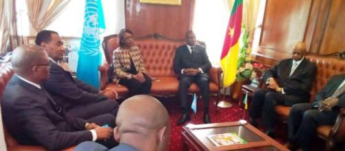 Madame Matshidiso Moeti avec le Ministre de la Santé du Cameroun (c) Guy Martial