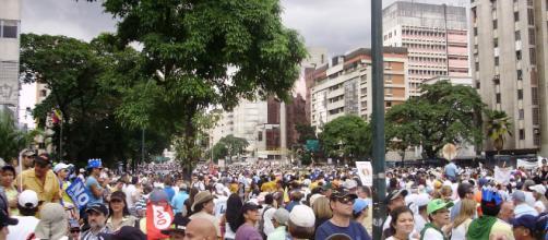 marches-563885_1920. Marchas en las calles de Caracas.
