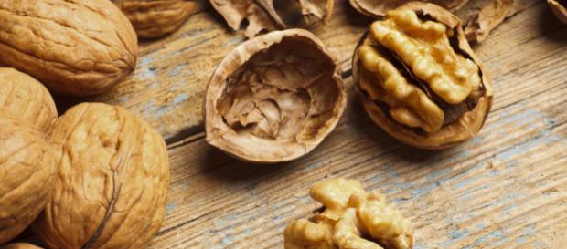 Diabete, la frutta secca riduce il rischio di infarto