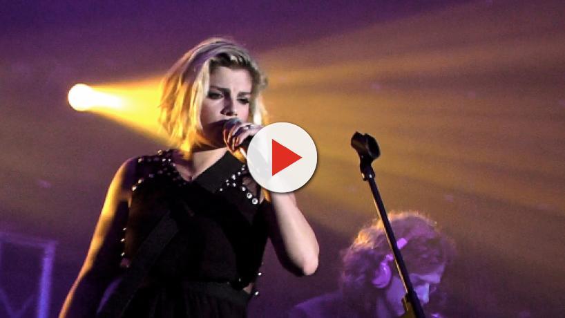 Offese sessiste a Emma Marrone: tanti messaggi di sostegno alla cantante