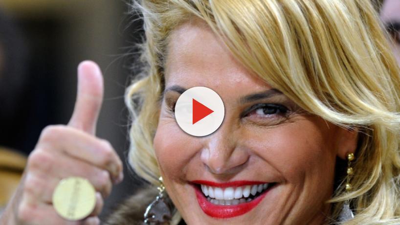 Simona Ventura a The Voice Of Italy: 'Grazie a Maria De Filippi'
