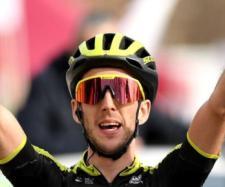 Simon Yates, bella impresa nel tappone della Vuelta Andalucia