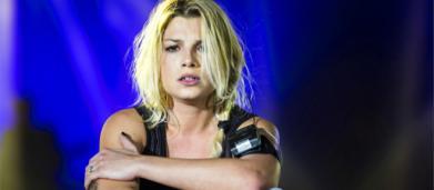 Emma Marrone in lacrime ad Ancona dopo gli insulti: 'Non diventerò mai come loro'