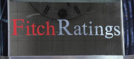 Fitch conferma rating dell'Italia ma abbassa l'outlook - fanpage.it