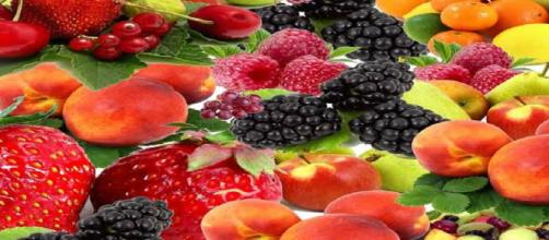 5 top fruits that can help you lose those pounds. Image Credit: Minolvita / Pixabay