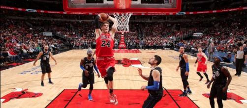 Lauri Markkanen led the Chicago Bulls to a close win over Orlando on Friday (Feb. 22). [Image via NBA/YouTube screenshot]
