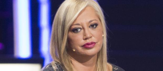 Belén Esteban vuelve a Sábado Deluxe y las redes sociales la tachan de mentirosa