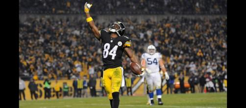Antonio Brown looks to be heading to the NFC in 2019. [Image via USA Today/YouTube]