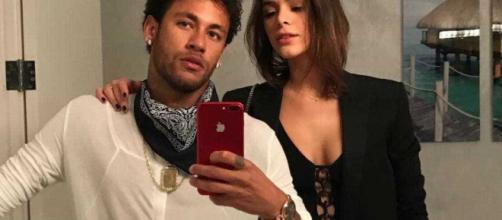 Neymar e Bruna Marquezine colecionam idas e vindas. Fonte: Reprodução Instagram