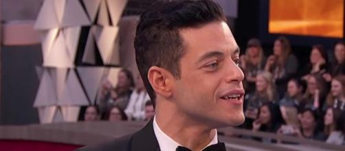"Actor Rami Malek won the Oscar for Best Actor for his role as Freddie Mercury in ""Bohemian Rhapsody."" [Image via ABC/YouTube]"
