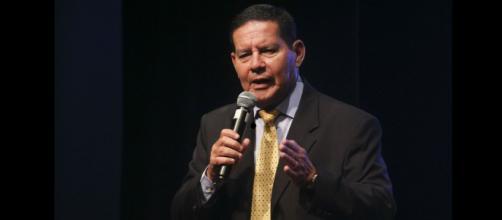 Mourão da discurso em reunião do Grupo de Lima - (Foto: Antonio Cruz/Agência Brasil)