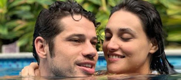 José Loreto e Debora Nascimento em momento íntimo. (Reprodução/Instagam)