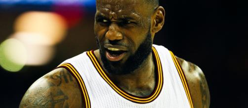 LeBron James n'y arrive plus avec les Lakers