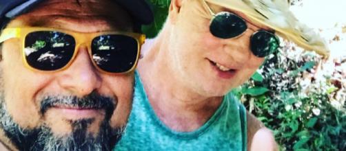 Luiz Fernando e seu marido Adriano Medeiros (Reprodução Instagram)