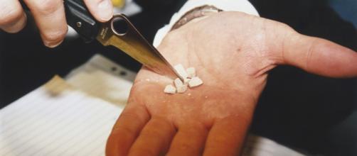 Roma, primo sequestro in Europa di una nuova droga, la 'simil fentanyl': è economica e letale