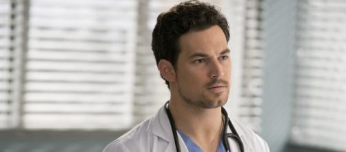 Anticipazioni Grey's Anatomy 15x17: un passato ingombrante per DeLuca