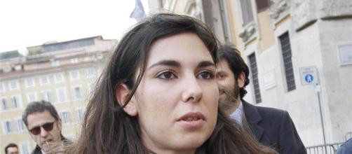 M5S, caso rimborsi: Giulia Sarti si autosospende e nelle chat spunta il nome di Casalino