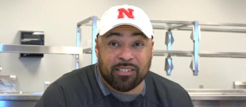 Nebraska football coach is battling cancer [Image via HuskerOnline Video/YouTube]