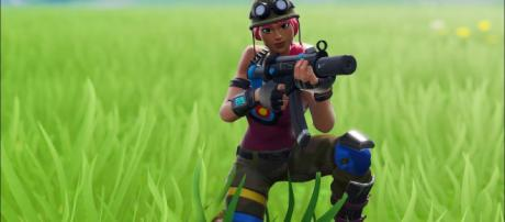 Aim assist to be nerfed in the next Fortnite patch. Credit: Adyy / YouTube