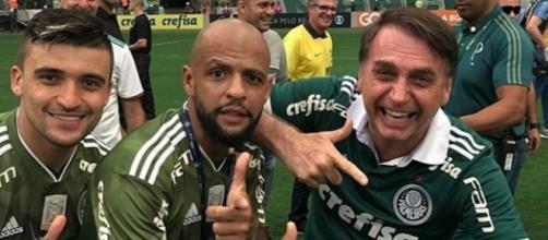 Presidente segue diversos esportistas nas redes sociais. Imagem: Reprodução Instagram Felipe Melo