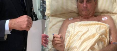 Jair Bolsonaro segue internado. (Foto:Divulgação/Presidência da República)