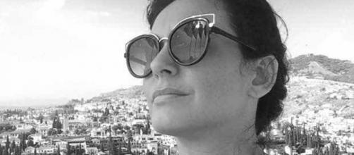 Morre ativista brasileira que denunciou João de Deus e Prem Baba (Reprodução/Facebook)