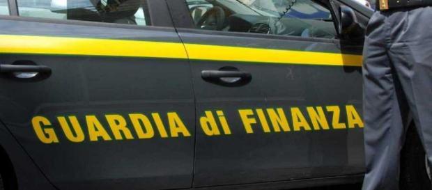 Sardegna, cocaina e un chilo di marijuana nell'auto: arrestati due fratelli