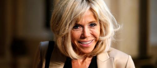 Brigitte Macron, apellido de soltera Trogneux, la actual Primera Dama de Francia, en dificultades por la crisis de los Gilets Jaunes.