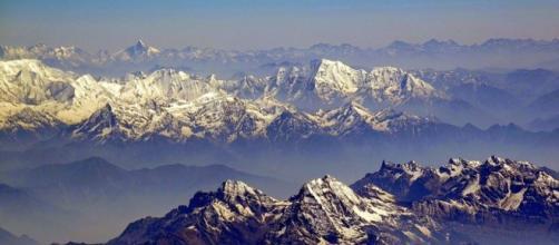 Himalaya from sky – Himalaya took a beating from global warming. - image credit - cco commobd/pixabay