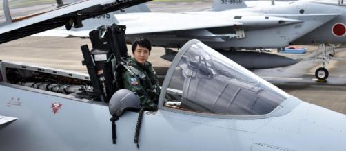 Primeira piloto de caça do Japão (Reprodução/CNN)