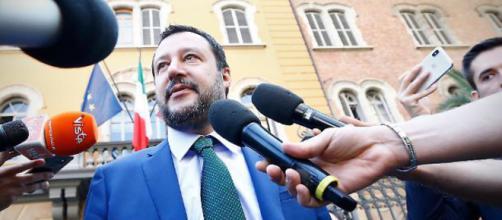 Swg: 63% italiani difende Salvini sul caso Diciotti.