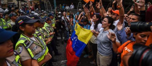 Venezuela: la crisi politica diventa sempre più drammatica