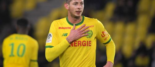 Emiliano Sala: Cardiff striker feared on missing plane - foxsportsasia.com