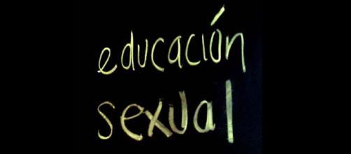 La educación sexual debería ser obligatoria, advierte especialista