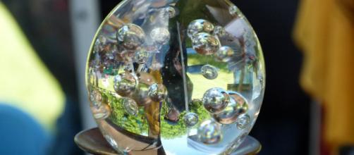 La realtà virtuale in una sfera di cristallo
