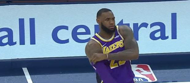 LeBron James hit personal high of 32,000 career points in near-worst defeat - Image credit - ESPN | YouTube
