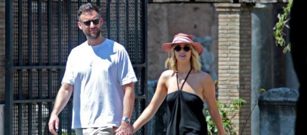 People confirma compromiso de Jennifer Lawrence y Cooke Maroney
