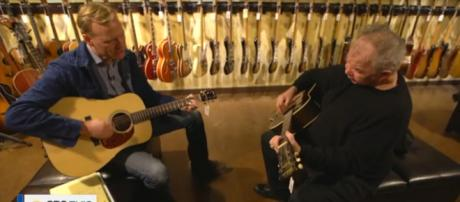 CBS anchor John Dickerson joins folk legend John Prine for an unforgettable duet on CBS This Morning. [Image source: CBSThisMorning-YouTube]