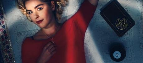 Sabrina é vivida pela atriz Kiernan Shipka (Reprodução)