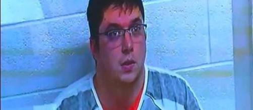 Pedofilo violenta una bambina di due mesi e realizza un video: arrestato - Fanpage.it