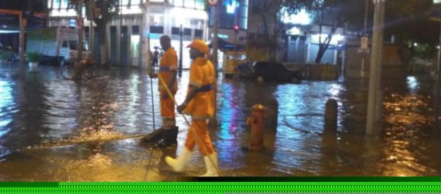 Chuva forte deixa regiões do Rio alagadas (Reprodução/Twitter/@OperaçõesRio)