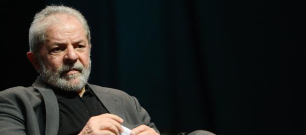 Lula entrou com pedido na Corte para tirar de Curitiba ação do sítio de Atibaia - (Foto: Fernando Frazão/Agência Brasil)