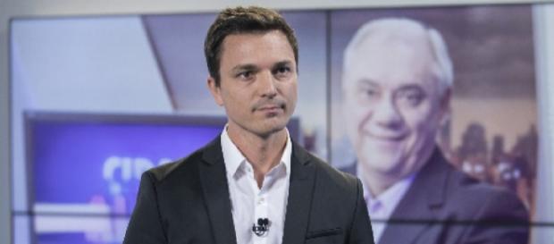 Marcelo Rezende e Diego Esteves (Reprodução/Record TV)