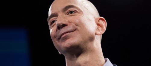 Jeff Bezos se dit victime d'un chantage aux photos intimes