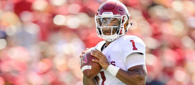 Kyler Murray could be a game changer in Cincinnati. [Image via Modell Highlights/YouTube]